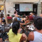 Israel puede estar ausente, pero los locales aún están locos por la Copa Mundial