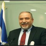 Lieberman renuncia al cargo de Ministro de Defensa de Israel