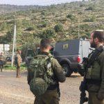 Dos soldados heridos en un embestido de automóviles en Cisjordania; 2 atacantes muertos