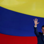 Tras años de ruptura: Juan Guaidó designará un representante diplomático para Israel, propone al rabino Pynchas Brener