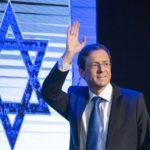 """Isaac Herzog : """"Creo en el trabajo y en el fortalecimiento de nuestra unión con América Latina"""""""