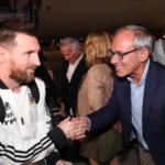Messi y el equipo argentino aterrizaron en Israel para un partido de fútbol amistoso a pesar de la protesta de BDS