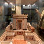 El tercer templo es la única cura para el coronavirus, dice rabino israelí