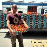 Los agricultores donan toneladas de verduras para la Pascua