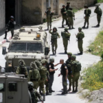 Cisjordania: dos terroristas palestinos arrestados por tiroteo en la carretera