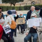 Informe: 17,000 sobrevivientes del Holocausto israelí murieron en 2020, al menos 900 por COVID-19