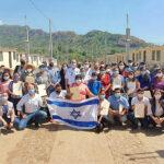 Israel completa viviendas para guatemaltecos que perdieron sus hogares en la explosión de un volcán en 2018