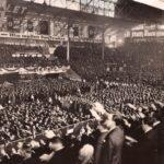 El día en que 20.000 nazis cantaron el himno nacional argentino en el Luna Park