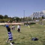 Después del cierre del año pasado, los israelíes regresan a los parques para celebrar el Día de la Independencia