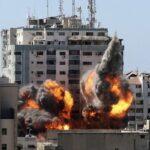 Human Rights Watch dice que el ataque israelí contra un rascacielos de Gaza violó el derecho internacional