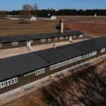 Guardia del campo de concentración nazi, de 100 años, inicia juicio en Alemania